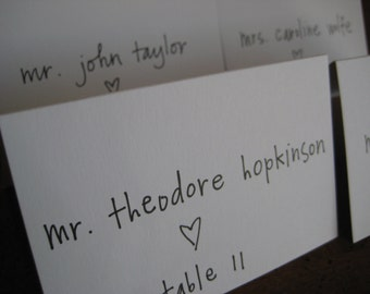 Escort Card Calligraphy - Simple Elegance