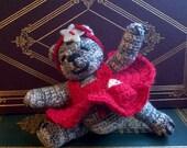 Miniature artist bear - Katrina, the little dancer - amigurumi doll by Wendelika
