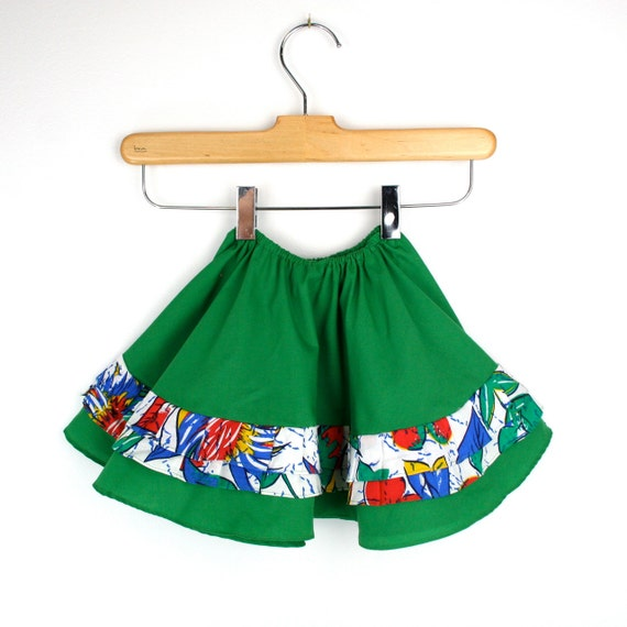 Vintage Baby Skirt in Green Size 9 to12 Months