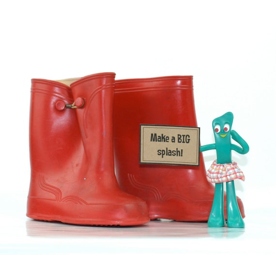 Vintage Red Rain Boots or Galoshes Size 7 Early 1970s
