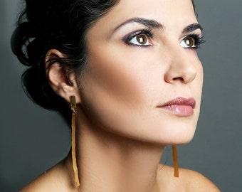 ON SALE, Free shipping, Gold earrings, bridal earrings, bridal jewelry, handmade jewelry, statement earrings