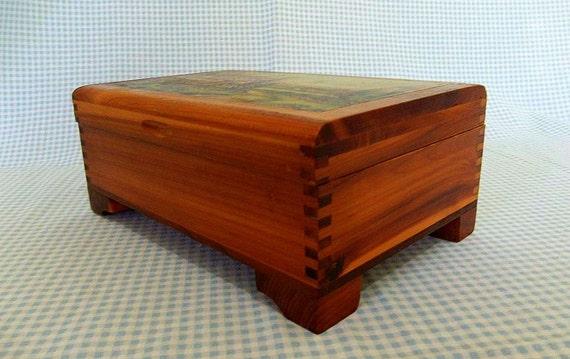 Vintage Wooden Box, Cedar Box, Wood Jewelry Box, Wooden Decoupage Box. Vintage Decoupage Box