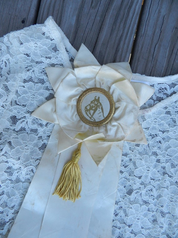 horse ribbon 70s / purse charm / gold fringe tassels