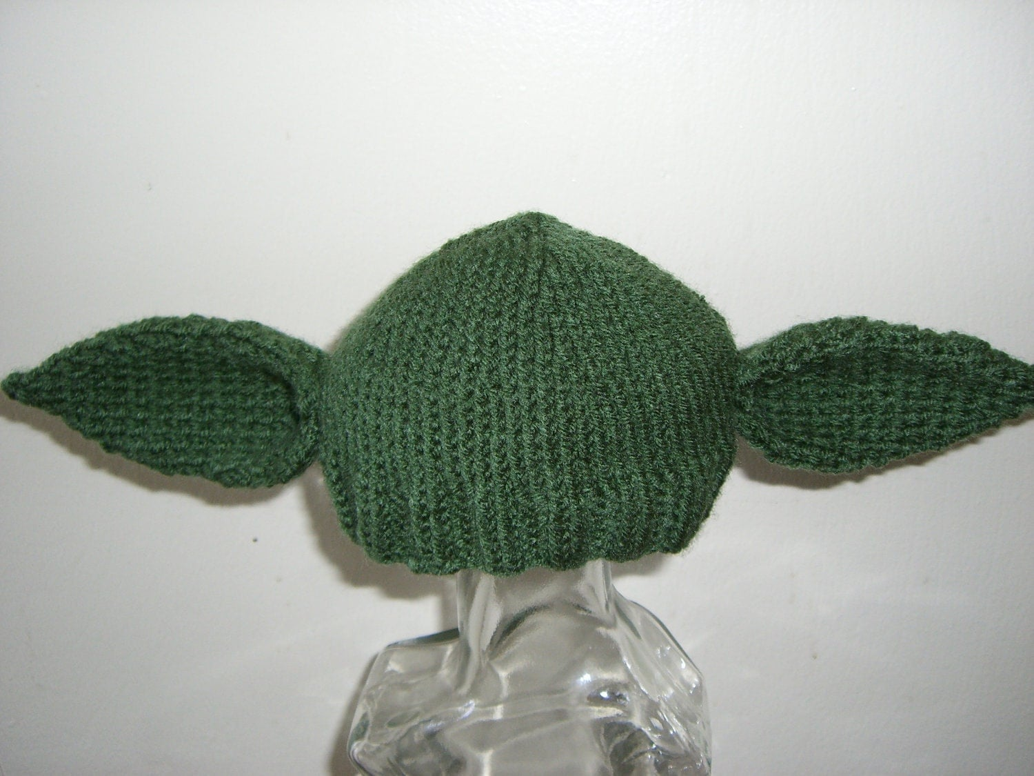 Knitting Pattern For Baby Yoda Hat : Knitted Baby Beanie Hat Yoda Starwars by NiftyNookDesigns on Etsy