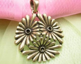 2pc antique bronze finish metal flower pendant-3619