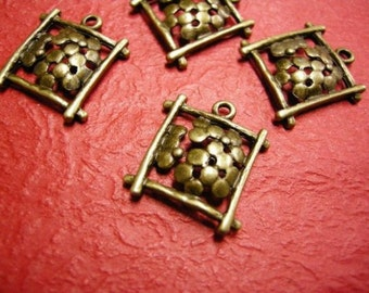 6pc antique bronze flower metal alloy pendant-3321