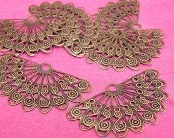 12pcs antique bronze fan shape filigree center wrap-405