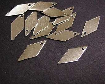 200pc nickel look diamond shape metal drops-2672x2