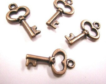 12pc antique copper lead nickel free key charm-4172