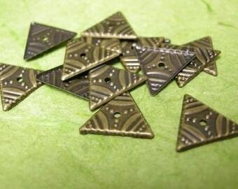 50pc antique bronze metal triangle bead-1334