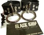 Wrist-Hand Cuffs - Loop Ring Set w/clip