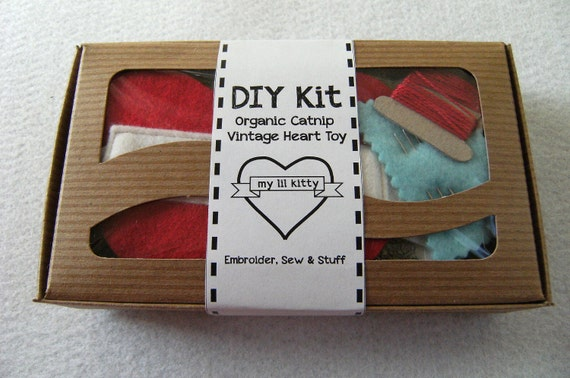 DIY Kit Cat Toy Simple and Fun to Sew