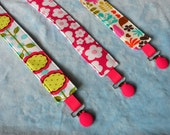 FREE SHIPPING - Pacifier Clip - Pacifier Holder - Paci Clip - Binky Clip - Set of 3 - Girls -- Mod Blooms, Pink Blossom and Multi Chirp