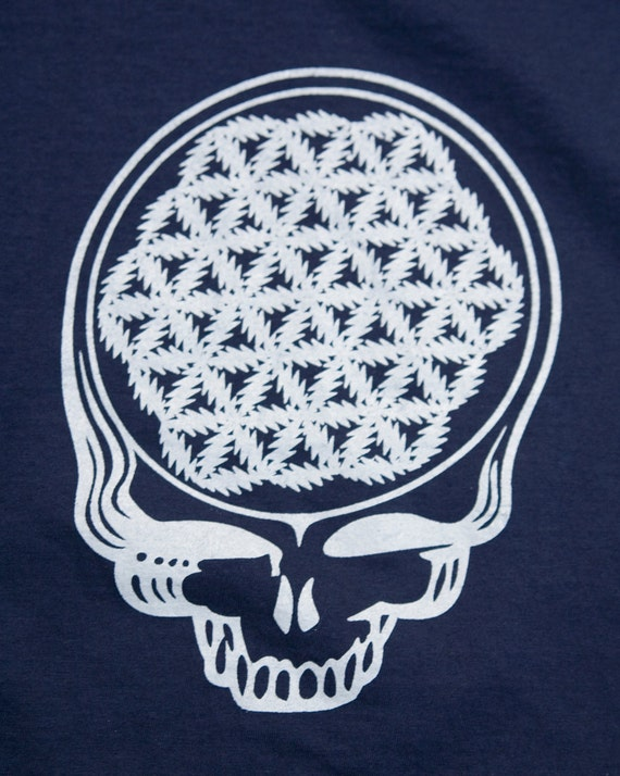 Grateful Dead Steal Your Face T-shirt with flower of life lightning bolts, Navy Size M
