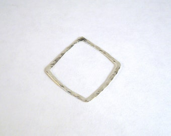 1 argentium sterling silver hammered square 30mm