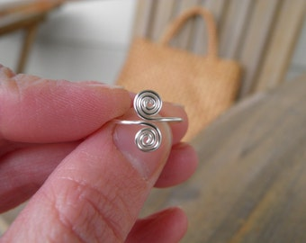 "Toe rings... ""Tumble weeds"" cute little spiral toe ring in silver."