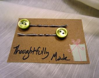 Light Green Button Bobby Pin Set