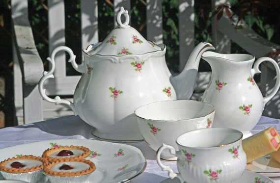 Vintage Shabby Chic Rose Tea Set for Two
