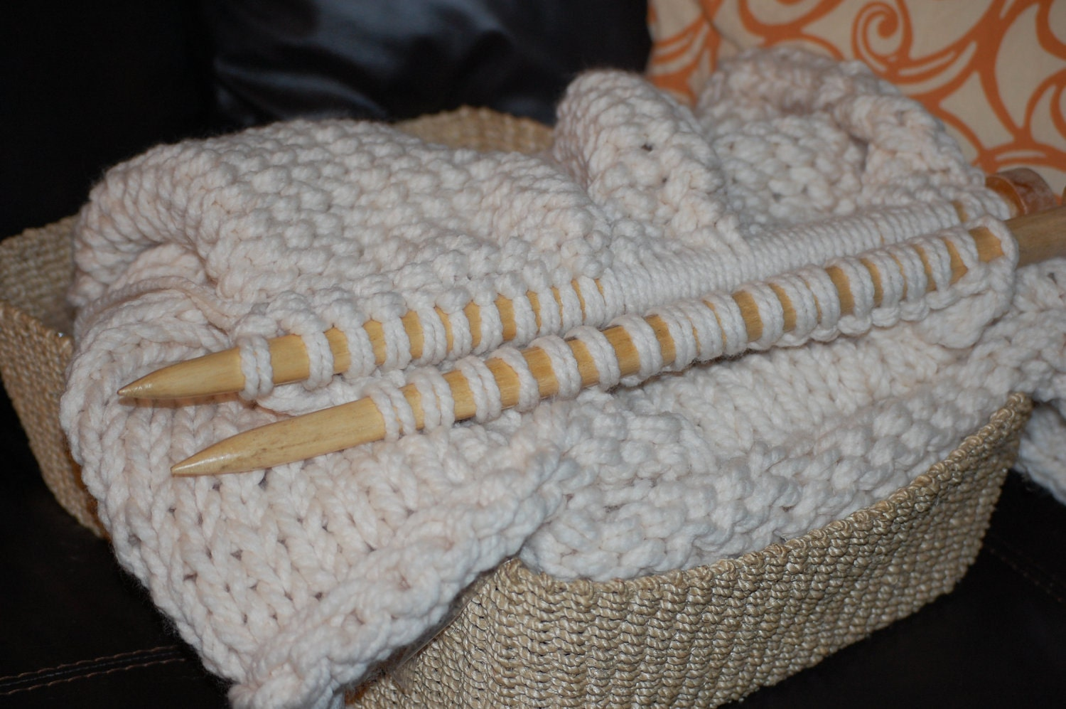 Knitting Patterns For Jumbo Needles : Unique handmade Large Knitting Needles comparable to a US50