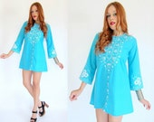 Vintage 70s Turquoise EMBROIDERED Mini Caftan Dress M
