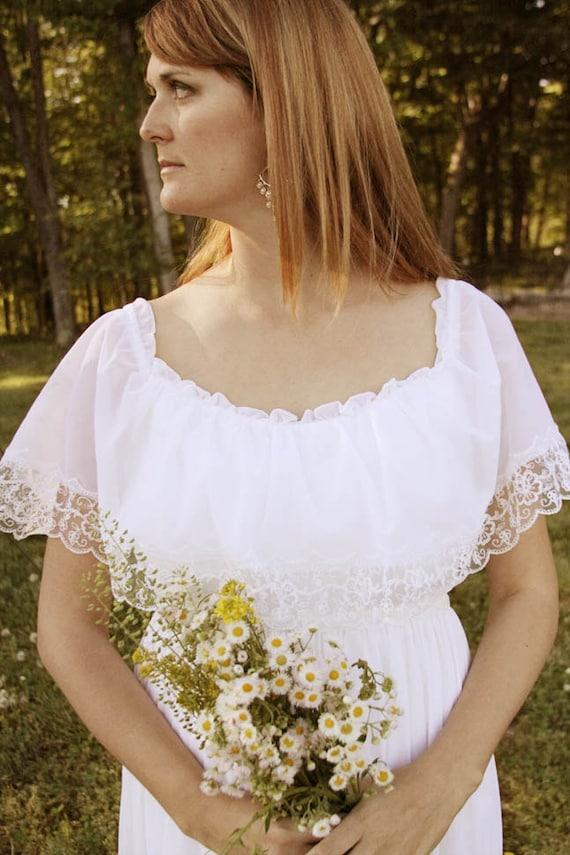 Vintage White Boho Wedding Dress - 1970s, Size Medium/Large or 9