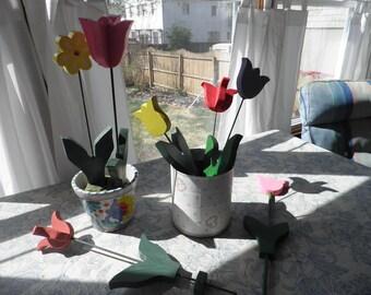 Beautiful Indoor/Outdoor wooden flowers - Tulips and Daisies!