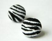 Button Earrings Zebra Print Black-White