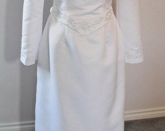 Vintage GXI International  Wedding Dress with Detachable Train