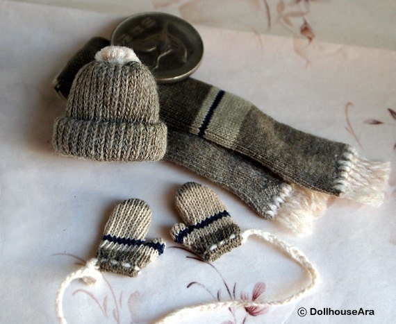 Beanies set (No.4) Knit hats, Scarf, Cute Wool glove mittens- Dollhouse Miniatures 1/12