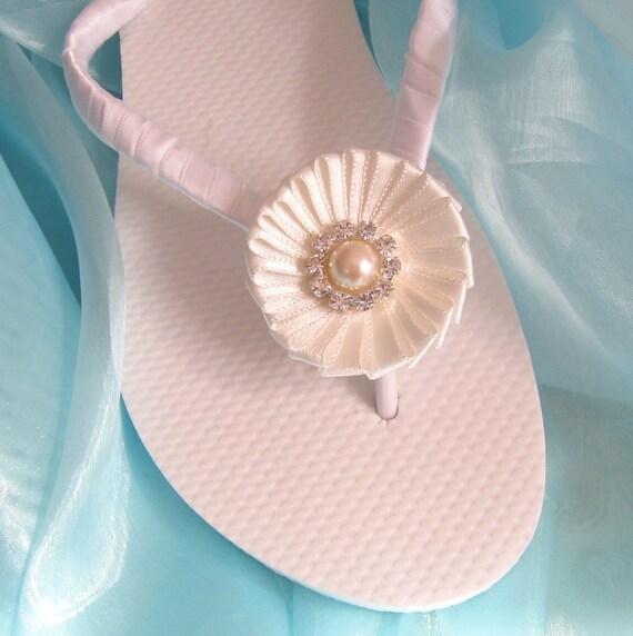 Bridal Flip Flops / Bridal Wedding Flip Flops,Bridesmaids, Flower girls, Bridal Shower / White