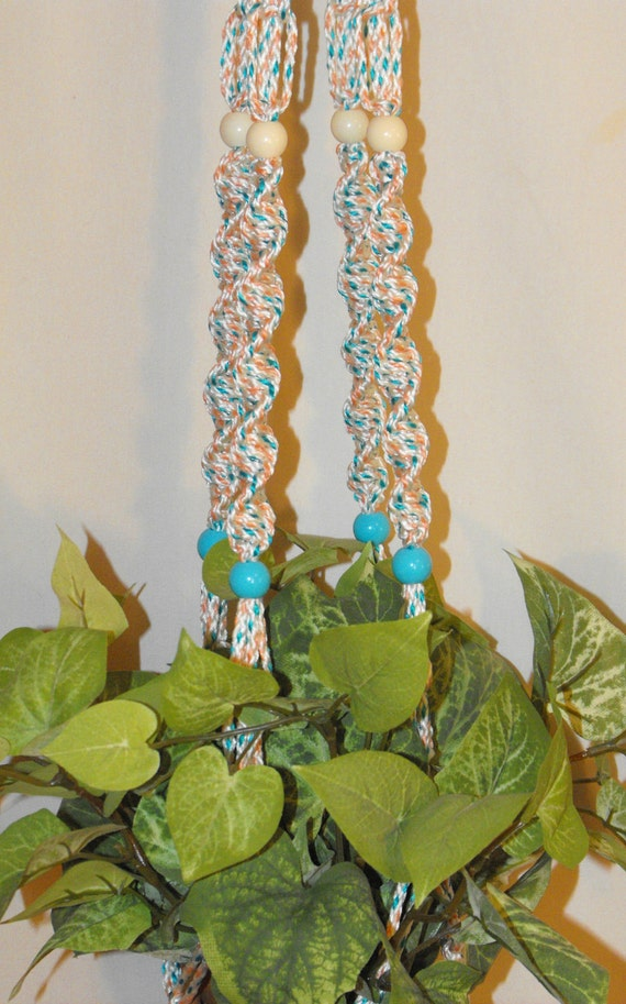 Confetti Cake Plant Hanger with Beads