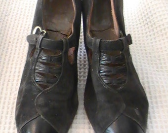 1930's Vintage Women's Black Leather Shoes