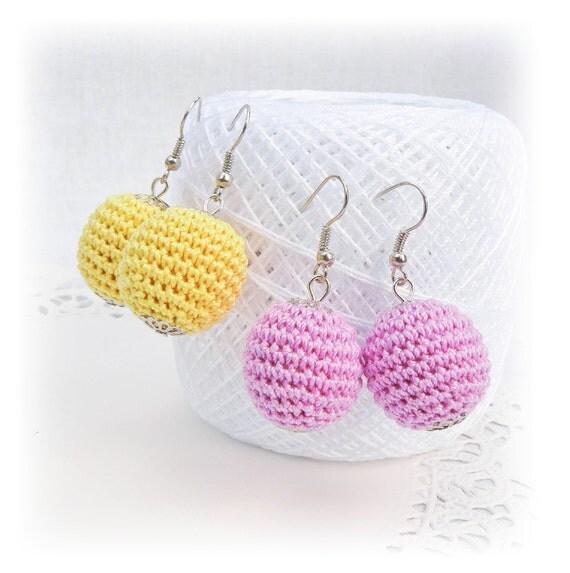 SALE Crochet yellow lilac earrings, crochet beads