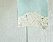 Vintage Linen and Lace Tea Towel - Tiffany Color Blue - English Lace