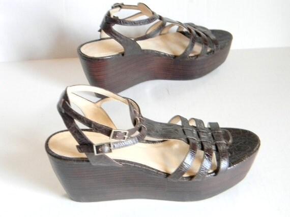 SALE Vintage Calvin Klein Wedge Sandals. Woodgrain Faux Bois Platform Shoes 6.5 Sandals Brown Leather. Summer Sandals