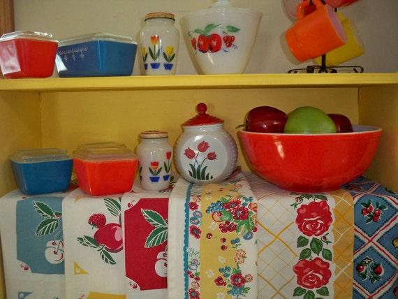 Vintage Kitchen Red Tea Towel Cherries Apple Fruit Roses Tulip