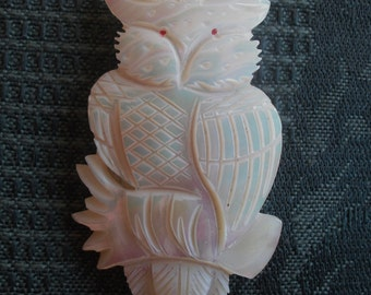 mother-of-pearl owl brooch  ECS