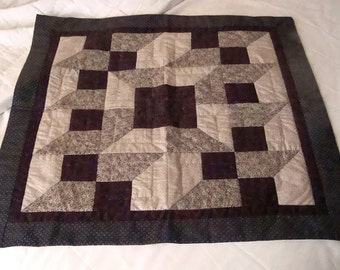 Original Piecework Handquilted Attic Windows Variation Quilt  for Table/Trunk Decor (30-Inch Square)