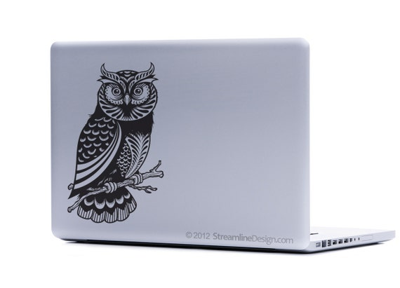 Beautifully Detailed Owl Vinyl Laptop Art FREE SHIPPING owl wood block print netbook sticker notebook sticker laptop sticker owls love owls