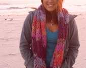Knitted Circle Scarf with a Twist