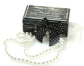Black Ploka dot Bow Double pearls necklace