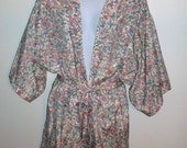 Satin Robe with Pastel Flower Print Vintage Eighties 80's