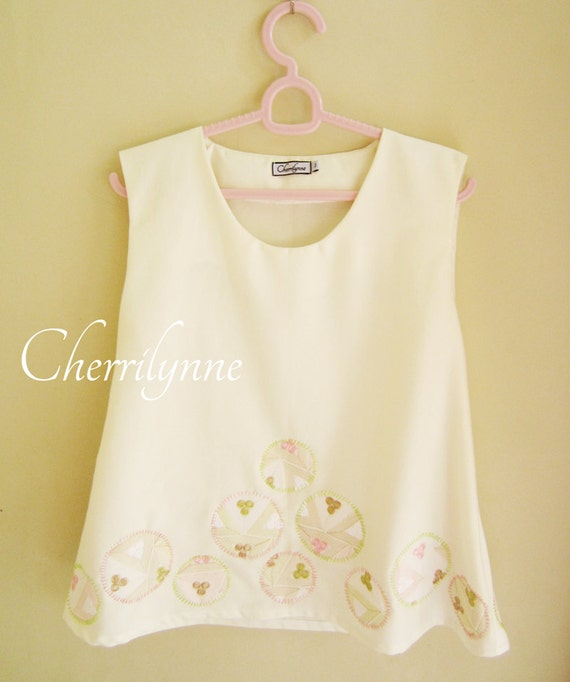 Sleeveless Top with Appliques