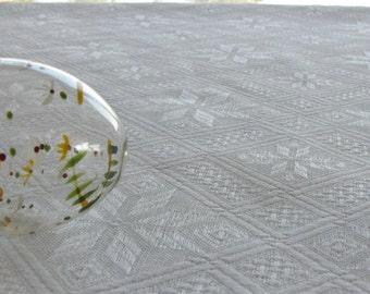 Linen Tablecloth / Crisp White