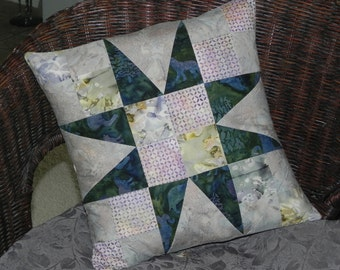 Wildlife Star Pillow Cover