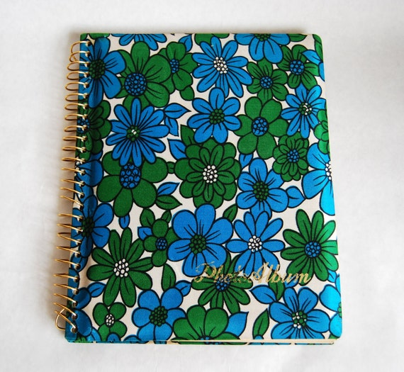 Vintage 1970s Photo Album Green Blue Floral Fabric Spiral Bound Empty