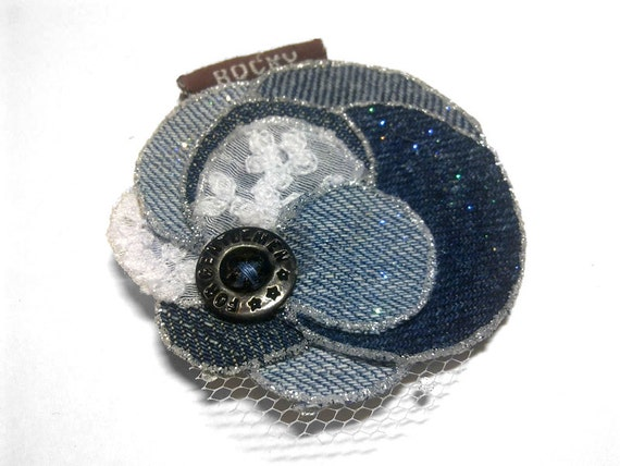 Denim fabric flower for brooch or hair, handmade accessory, summer fashion, upcycling, free shipping, gift wrapped