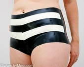 STRIPE High waisted latex shorts