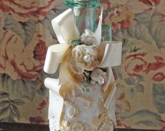Victorian Perfume Bottle / Cruet Keepsake