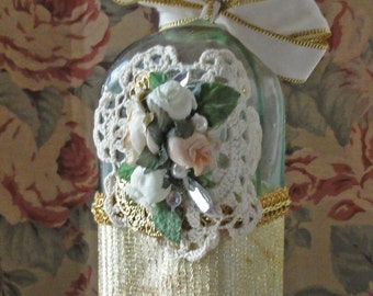 Victorian Perfume Bottle / Keepsake